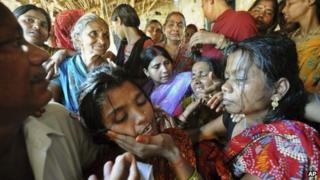 The family members of soldier Vijay Kumar Rai mourning in his home state of Bihar