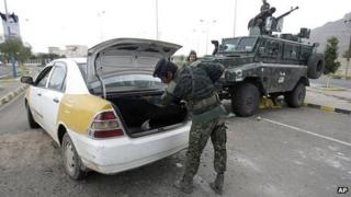 Car searched near US embassy in Sanaa. 6 Aug 2013