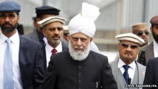 His Holiness Hadhrat Mirza Masroor Ahmad outside the mosque
