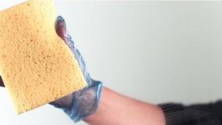 Cleaner using sponge