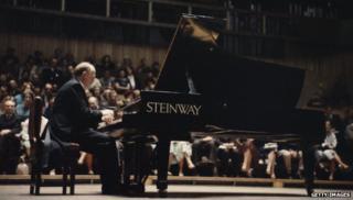 Sviatoslav Richter and Steinway piano