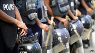 Police in Dhaka during the general strike (13 August 2013)