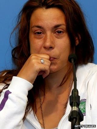 Tearful Marion Bartoli announces retirement