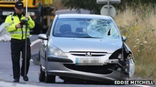Peugeot 307 with smashed windscreen