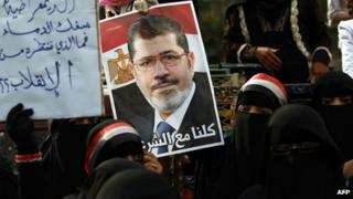Chinese media feel Western-style democracy has failed in Egypt