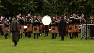 Pipers in Glasgow