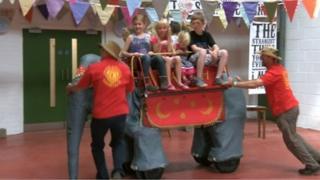 Mechanical elephant ride