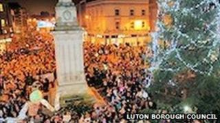 Luton Christmas lights switch on