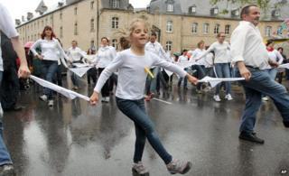 Dancers in Echtnernach