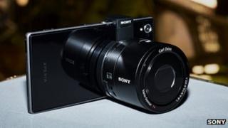 Z1 handset and Q100 lens