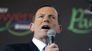 Australian opposition leader Tony Abbott speaks in Sydney on 4 September 2013