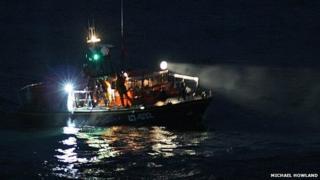 Douglas RNLI - Kayak rescue