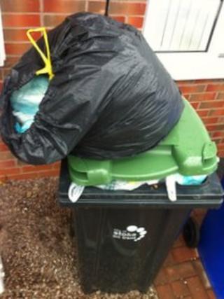 Full wheelie bin