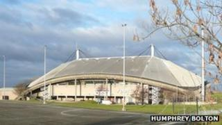 Bradford 39 S Swimming Pools Set To Get 17m Revamp Bbc News