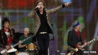 (L-R) Ronnie Wood, Charlie Watts, Mick Jagger and Keith Richards of the Rolling Stones perform in Hyde Park