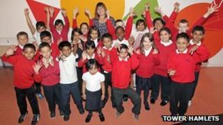 Pupils and head of Manorfield School