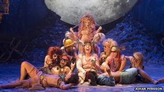 Sheridan Smith, David Walliams and the cast of A Midsummer Night's Dream