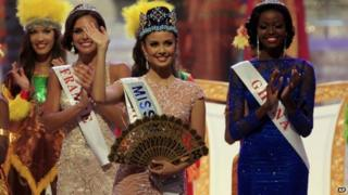 Miss World Megan Young of the Philippines (28 Sept 2013)
