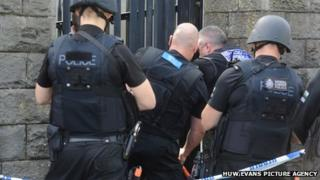 Armed police in Monthermer Road Cardiff