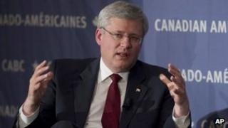 Canadian Prime Minister Stephen Harper takes part in a discussion with the Canadian American Business council in New York 26 September 2013