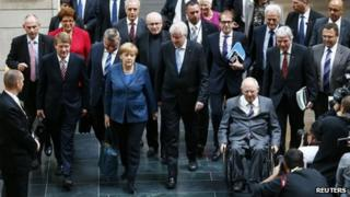 Members of Germany's conservative (CDU/CSU) parties arrive for preliminary coalition with the Social Democratic Party (SPD) at the Parliamentary Society in Berlin October 14, 2013