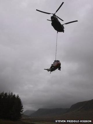 Airlift in Glencoe