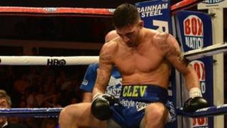 Nathan Cleverly'n colli