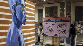 Art works to be auctioned (4 November 2013)