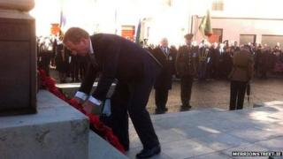 Enda Kenny lays a wreath in Enniskillen
