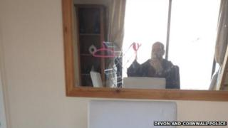 "Plymouth burglar ""self"" image taken on his victim's mobile phone"