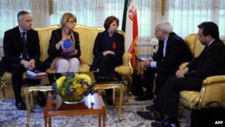 EU and Iranian negotiators in Geneva (21/11/13)