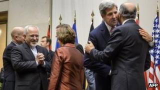 Negotiators in Geneva (24/11/13)