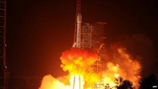 The Chang'e-3 rocket carrying the Jade Rabbit rover blasts off from the Xichang Satellite Launch Centre in Sichuan on 2 December 2013
