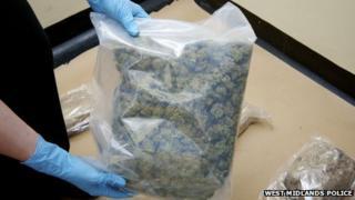 Drugs seizure