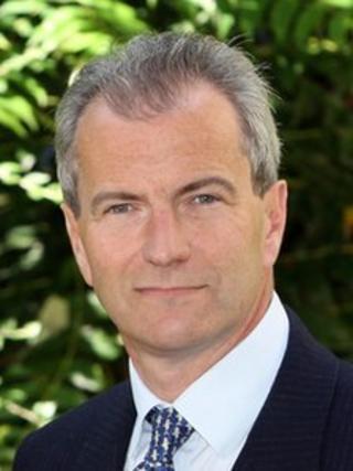 Simon Milne