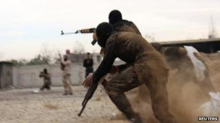 Islamist fighters near Damascus (file photo)