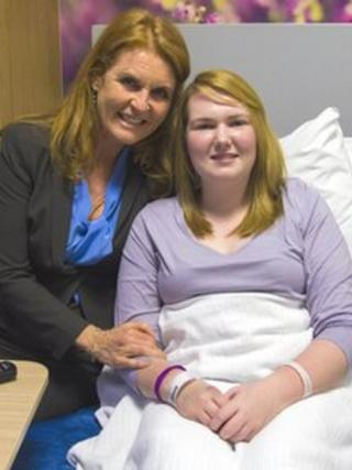 Sarah, Duchess of York with a patient at the centre