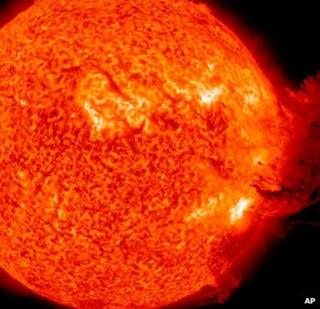 Sun unleashing a solar flare a minor radiation storm on 7 June 2011