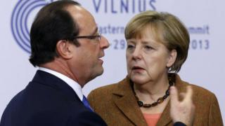 German Chancellor Angela Merkel (r) with French President Francois Hollande, 29 Nov 13