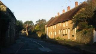 Cottages along the B3157 in Abbotsbury