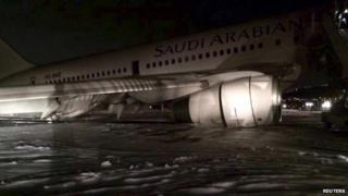 Saudi jet at Medina, 5 Jan