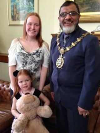 Lexi Cooper with mother Nichola Ellis and Blackburn with Darwen Mayor Councillor Salim Mulla