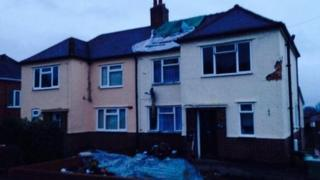 House in Oakfield Road hit by lightning