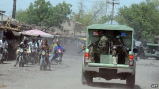 Army patrolling the town of Maiduguri in Borno state (30 April 2013)