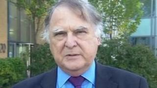 Dr Geoff Harris