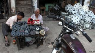 Car horns on sale in Old Delhi