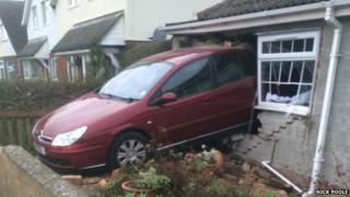 Car crashed into house in Royston