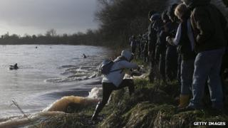 Five star bore on River Severn