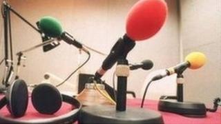 Meicroffonau radio