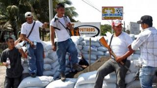 Vigilantes checkpoint in Apatzingan